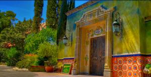 Fonda San Miguel Restaurant