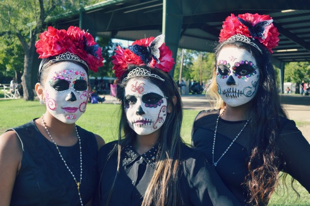 The Tiarra Girls: Sophia (14), Tori (12), and Tiffany (15) in calavera makeup for Dia de Los Muertos.