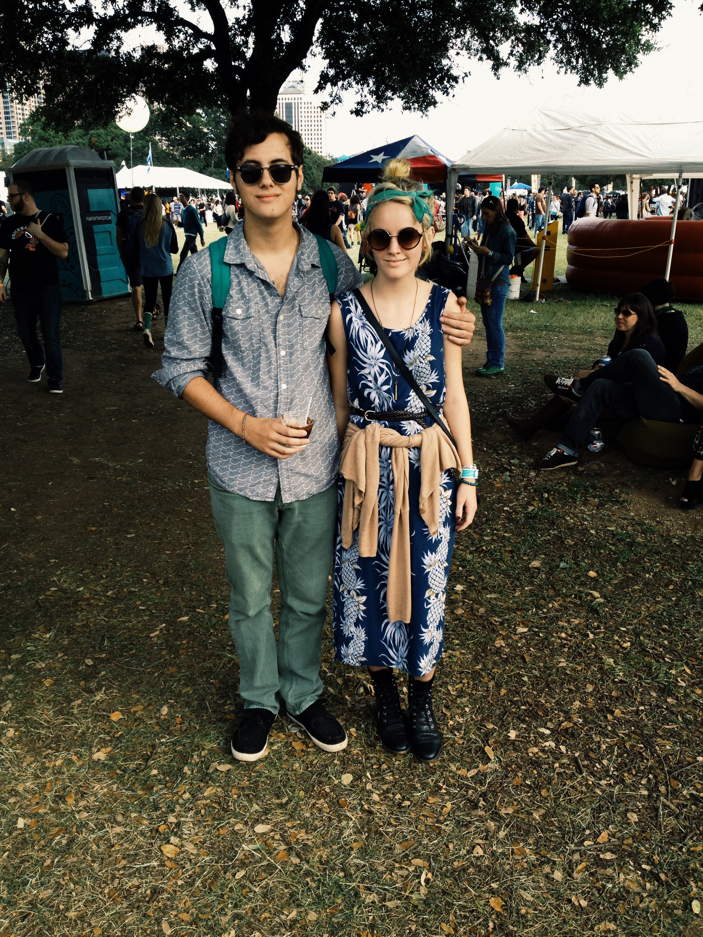 @__birdbones__ and her boy @cudsmack epitomize a festival couple in mismatched, simple separates.