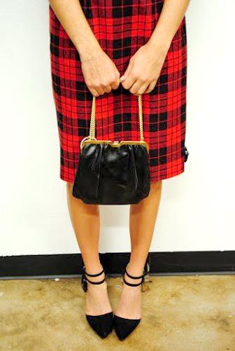 Tartan skirt/black heels + handbag