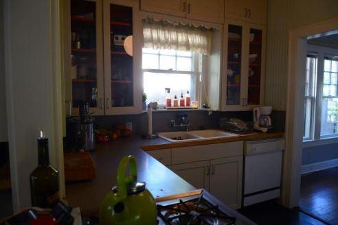A peek into Kunas' 1970s vibe kitchen.