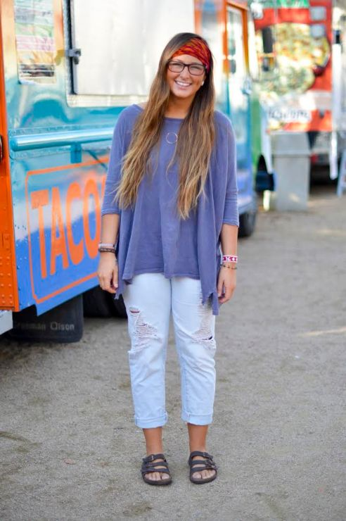 Jones, sophomore, wears her Florida Birkenstocks paired with washed out gap boyfriend jeans, a loose-fitting Urban Outfitters top, and a bright headband from Earthbound.